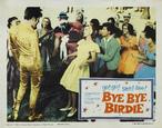 Pôster promocional do musical Bye Bye Birdie. Aparece em primeiro plano o ator que representa Birdie, e depois vários jovens, representando seus fãs. Acompanha quadro com informações sobre a peça.  Palavras-chave: Elvis Presley, celebridades, peça, música, anos 60.